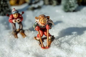 skiing-1873944_350.jpg